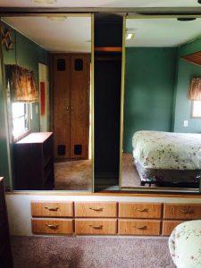 560 B Raindrop Closets